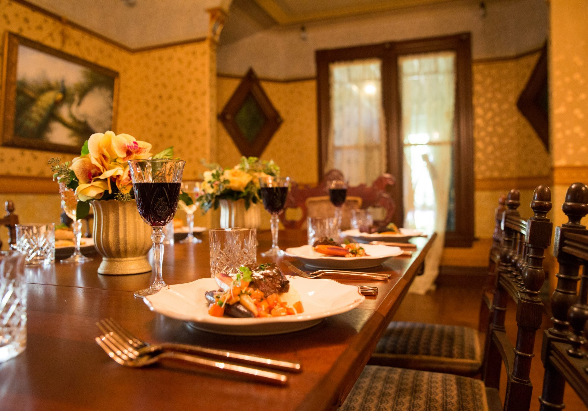 Winchester Mystery House Twin Dining Room-100